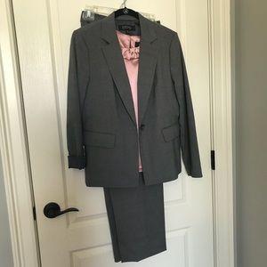 KASPER 3 Piece women's suit